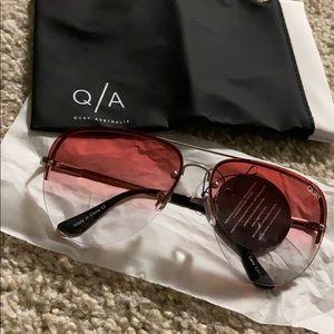 💙NWT Quay Austrailia Muse Fade Aviator Sunglasses
